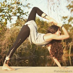 yoga-wear-andara-stars-ropa-fitness