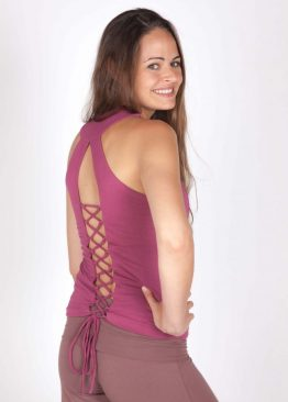 top what to wear yoga