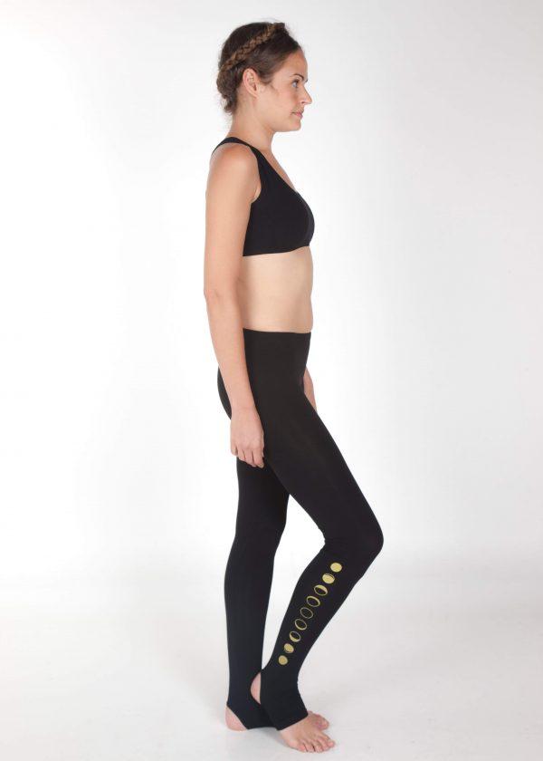 black yoga pants