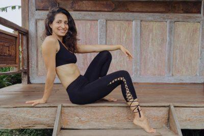 best-yoga-pants-andara-stars