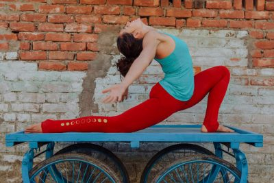 yoga-pants-uk-andara-stars