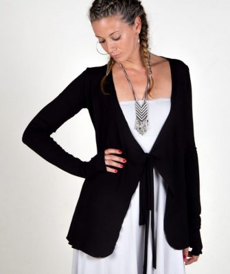 cover-up-black-studio-photo-lady-jacket