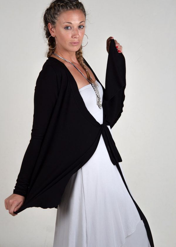 yoga-cover-up-black-studio-photo-lady